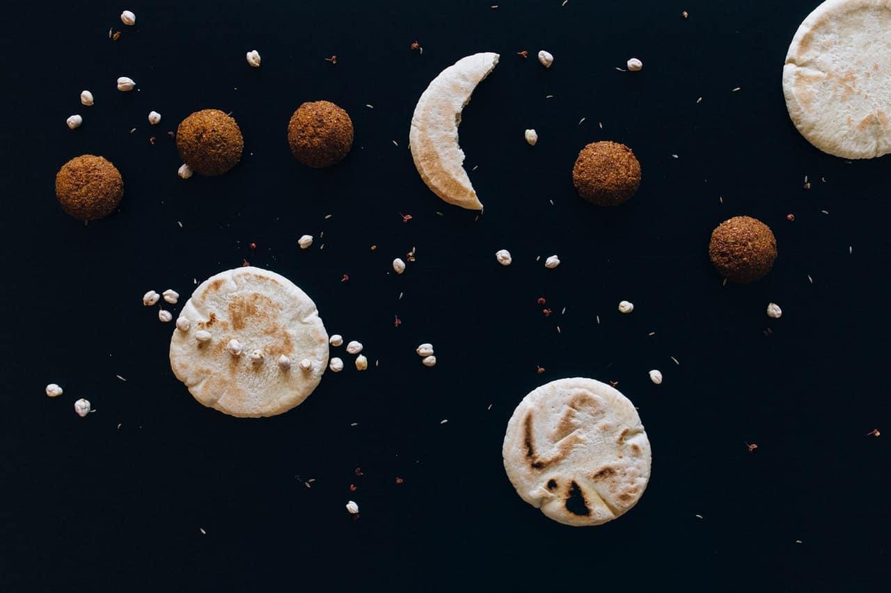 Astrologie is populair, zeker onder jongeren.